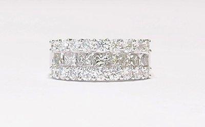 Platinum diamond dress ring