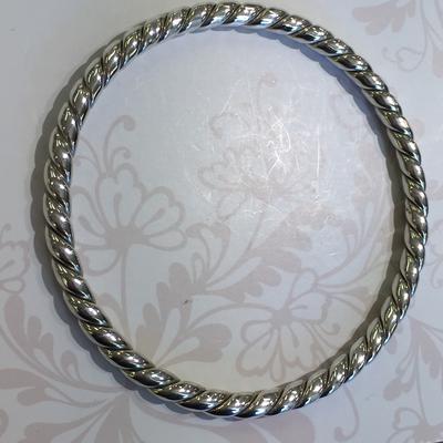 Silver hollow bangle