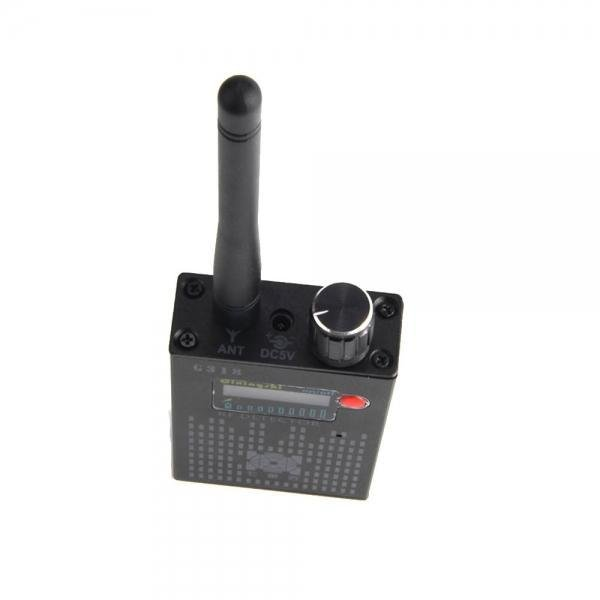 G318 RF Signal Detector CDMA Signal Detector High Sensitivity Detection Hiding Camera Lens / GPS Locator(US plug)