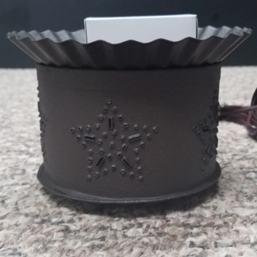 Punched Star Short Round Wax Melt Warmer