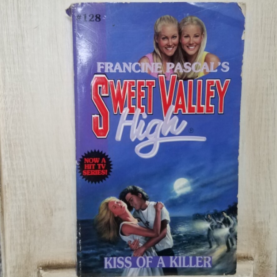Sweet Valley High: Kiss of a Killer by Francine Pascal