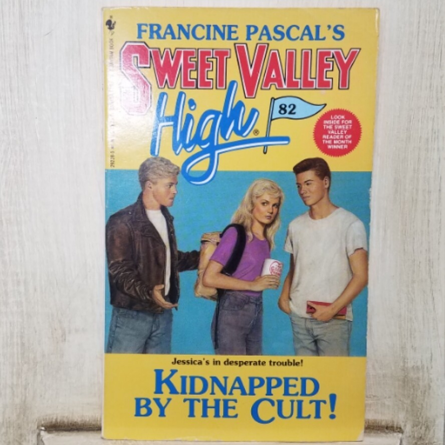 Sweet Valley High: Kidnapped by the Cult! by Francine Pascal