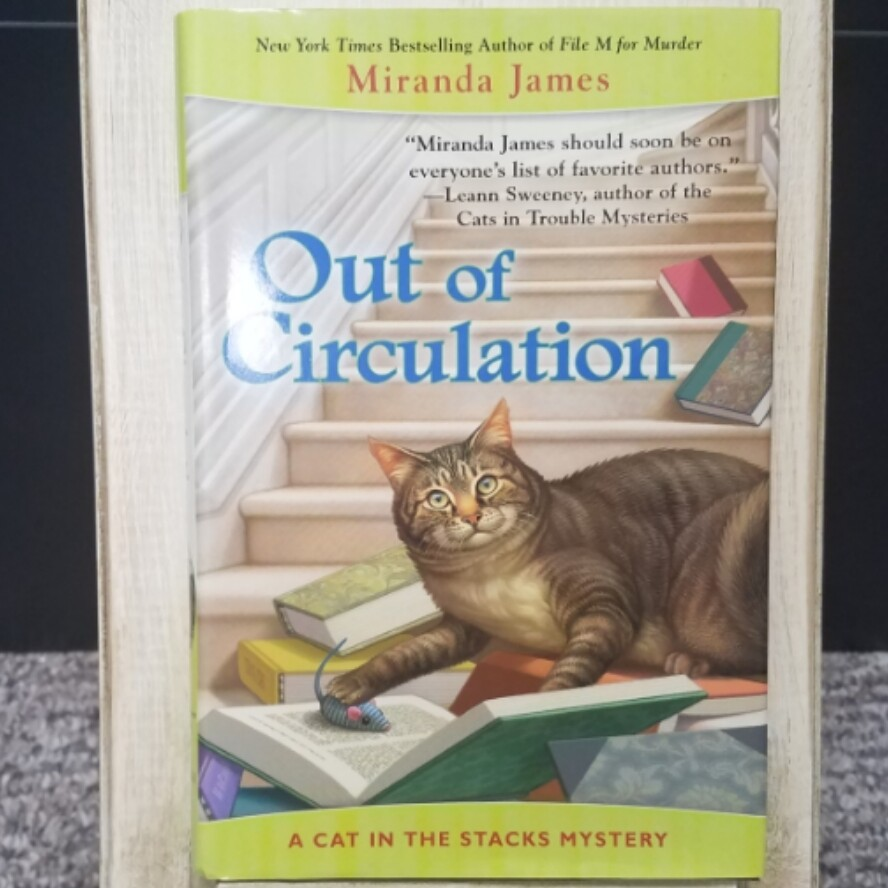 Out of Circulation: A Cat in the Stacks Mystery by Miranda James