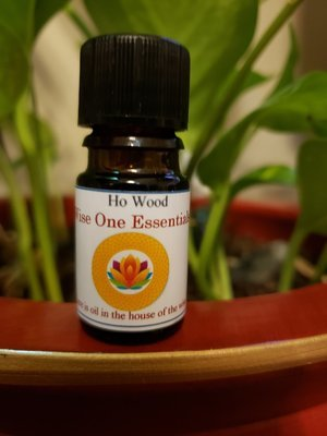 Ho Wood Essential Oil (5ml)