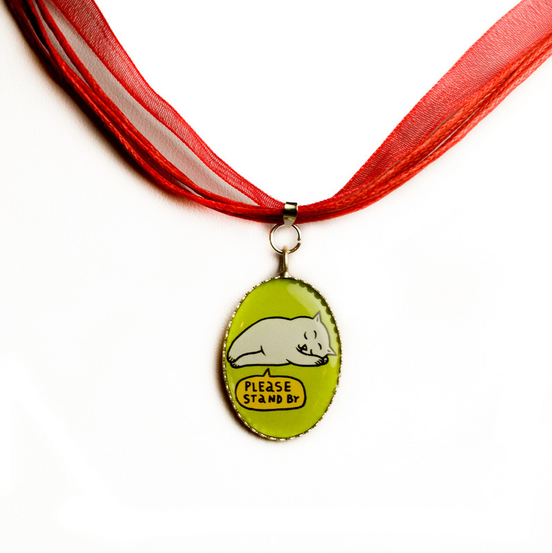 """Red chiffon necklace with """"Please stand by"""" pendant 00529"""