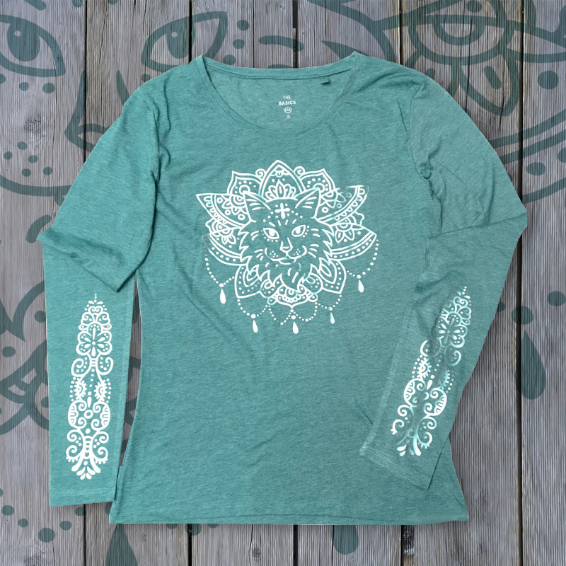 "Shirt ""Purrvana"" Light Mint + Silver"