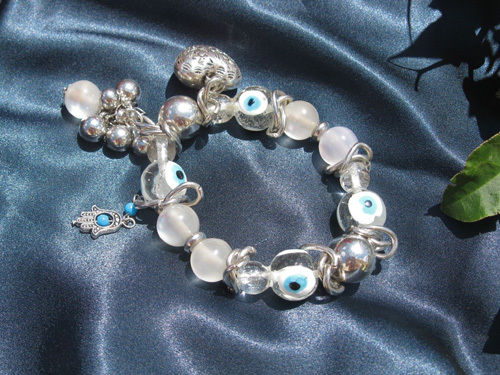 Hamsa charm bracelet ~ deflect the evil eye