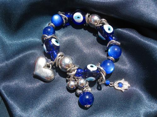 Hamsa charm bracelet ~ deflect the evil eye