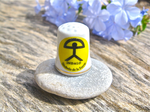 China thimble ~ lucky Indalo, sol
