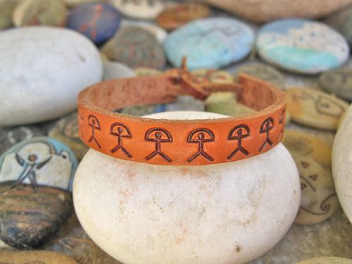 Men's leather bracelet ~ Indalo, classic