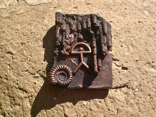 Lucky Indalo fridge magnet ~ copper-effect