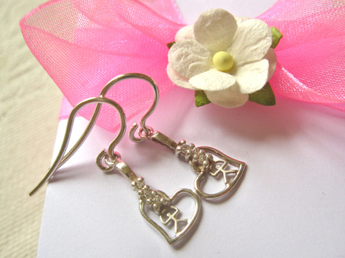 Indalo earrings ~ silver + zirconite, heart