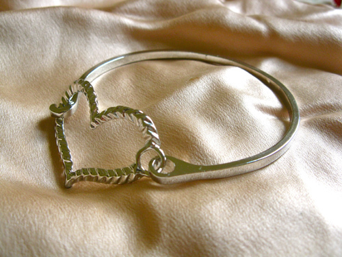 Textured love heart bangle