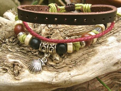 Camino scallop shell NaturalSoul bracelet ~ lichen