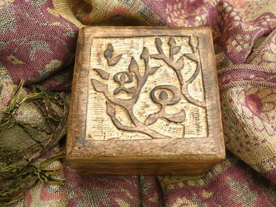 Keepsake box ~ Indalo, wooden, square, medium