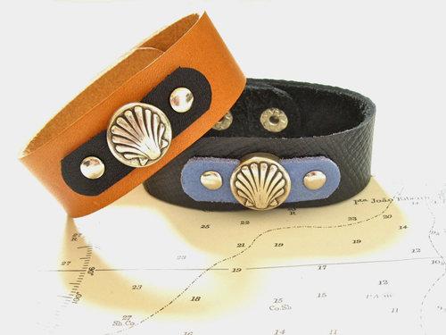 Camino de Santiago scallop shell cuff bracelet