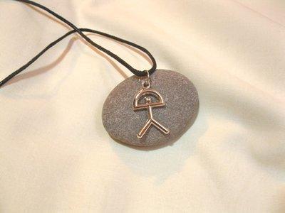 Indalo pendant ~ classic, metal