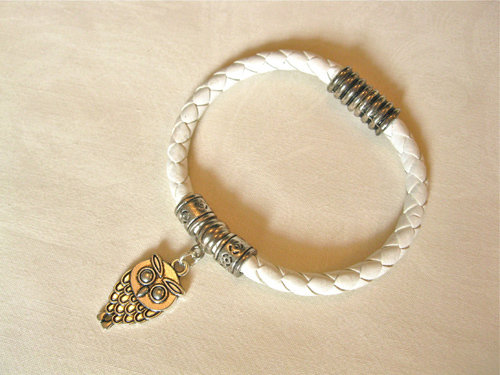 Leather bracelet ft wise Owl for wisdom and protection