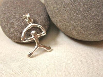 Indalo pendant ~ modern, 28mm, silver