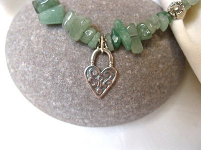 Aventurine love-lock necklace