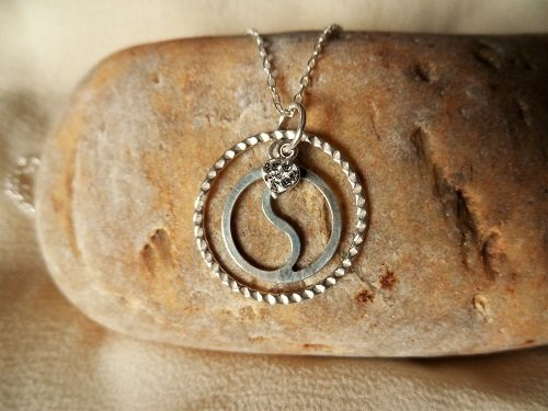 Friendship necklace ~ yin yang, silver