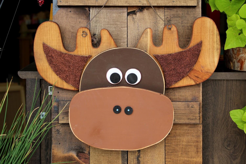 Moose Door Hanger