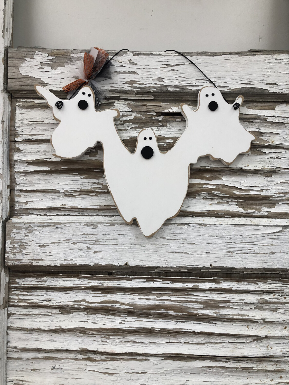 Spooky Ghosts Hanging