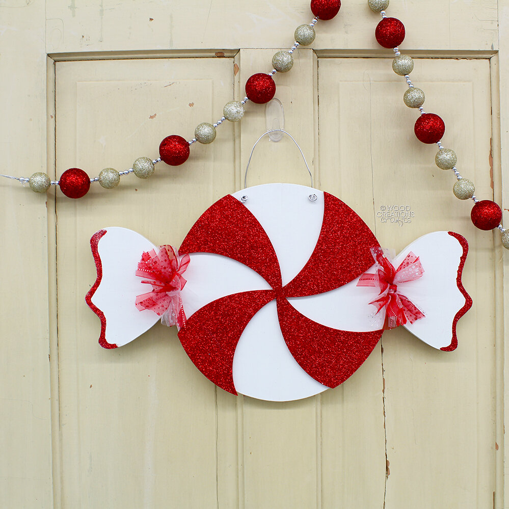 Peppermint Swirl Door Hanger 2018