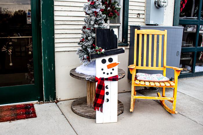 Porch Board: Winter Snowman