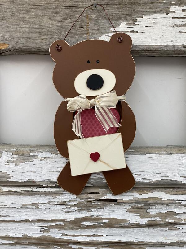 Bear Heart Hanger