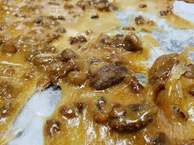 Old-Fashioned Pecan Brittle
