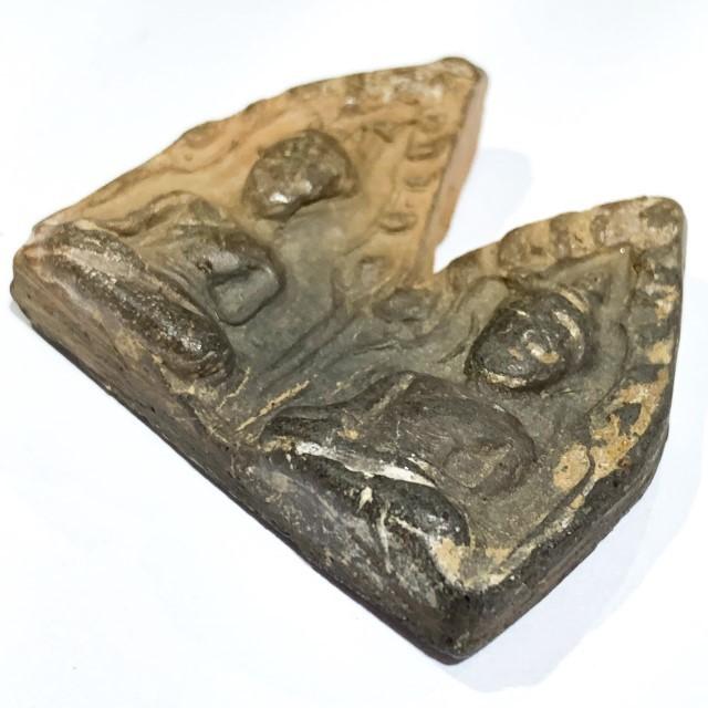 Pra Khun Phaen Kru Ban Krang Pim Plai Koo Twin Buddha Ancient 500 Years Old Sacred Clay Hiding Place Amulet