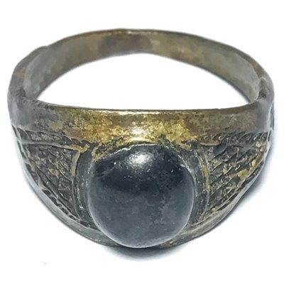 Hwaen Hua Maekapat Circa 2470 BE Magic Ring with Alchemical Substance 1.9 Cm - Luang Por Im - Wat Hua Khao