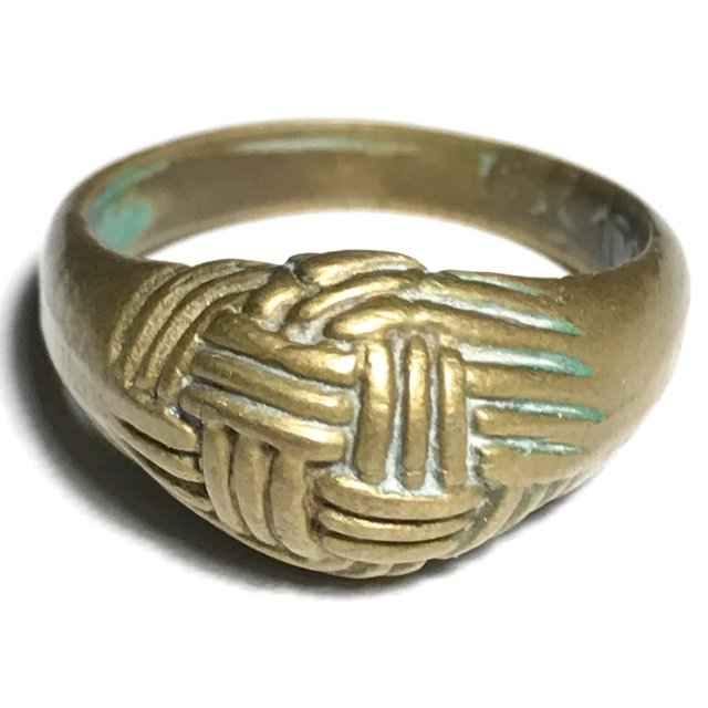 Hwaen Dtakror Pirod 4 Khad 2488 BE Magic Ring of Protection 1.9 Cm Luang Por Khwan Wat Ban Rai