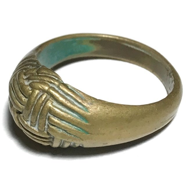 Hwaen Dtakror Pirod 4 Khad 2488 BE Magic Ring of Protection 1.9 Cm Luang Por Khwan Wat Ban Rai
