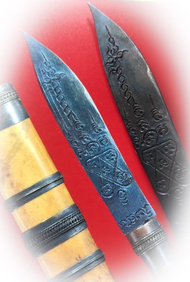 Mitmor Daam Nga Penclip Ritual Knife 5 Inches with Certificate of Authenticity Luang Por Tim Wat Laharn Rai