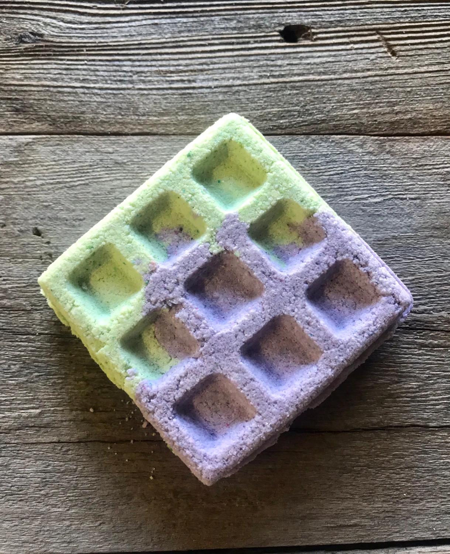 Blackberry Fizz Bath Bomb Waffle