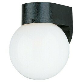 Smooth White One Light Wall Mount