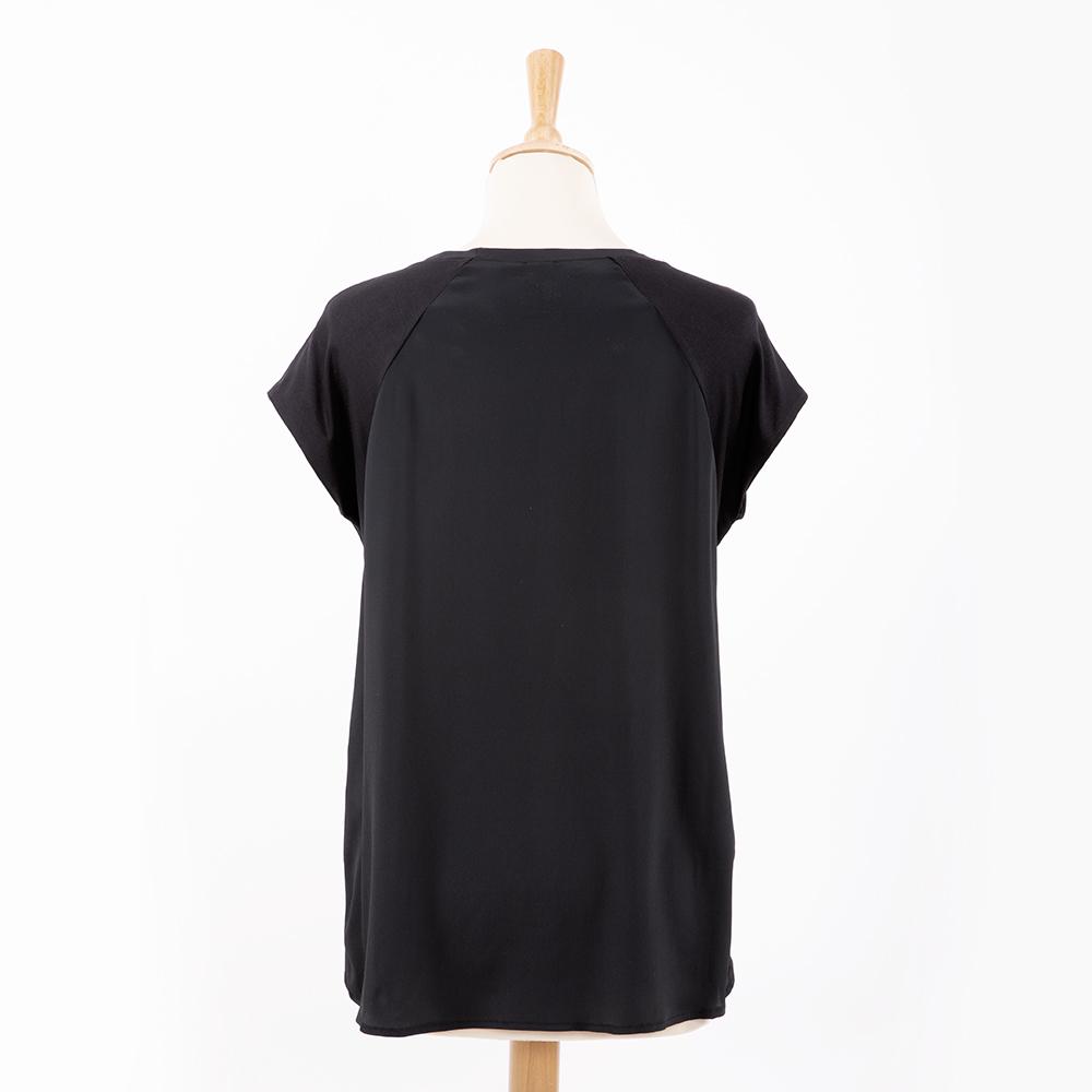 T-Shirt di We Hope