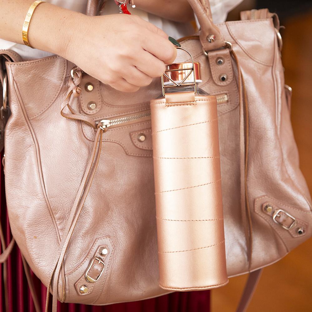 Bottiglia in vetro con cover in pelle - Kessence Boutique