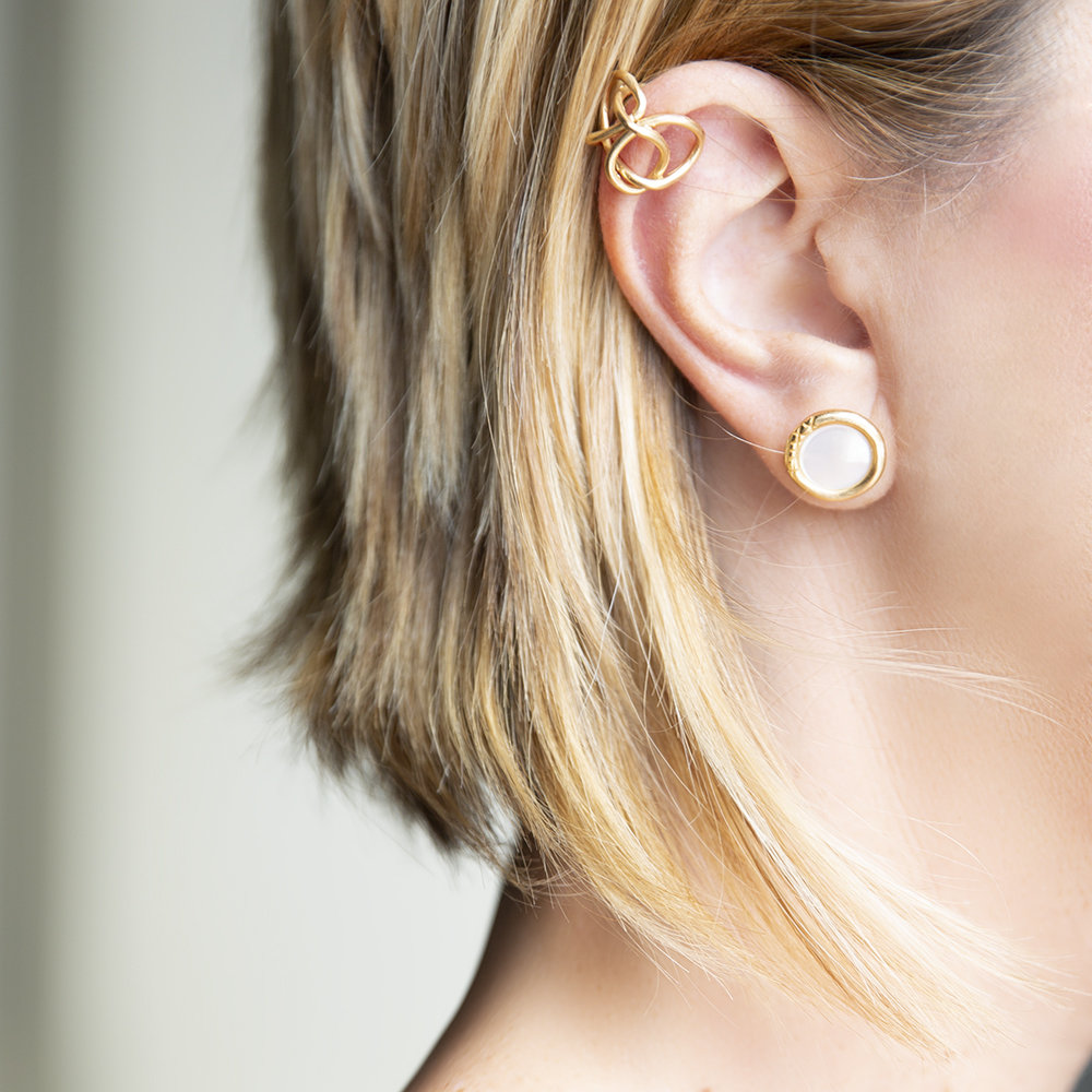 Ear Kuff Knot Light - Giulia Barela Jewelry 00051