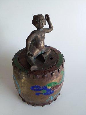 Chinese bronze sencer