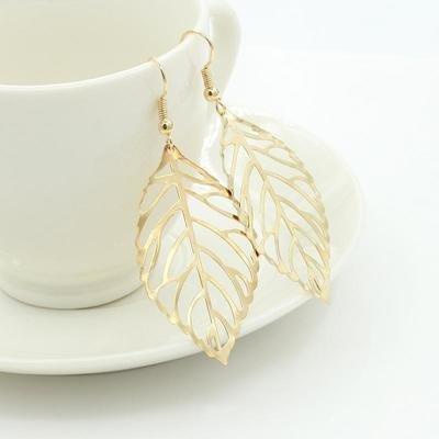Gold metal hollow leaf earring