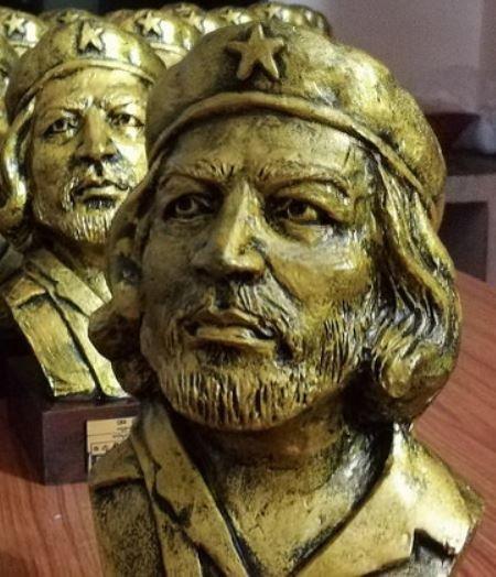 Che Guevara Bust Sculpture