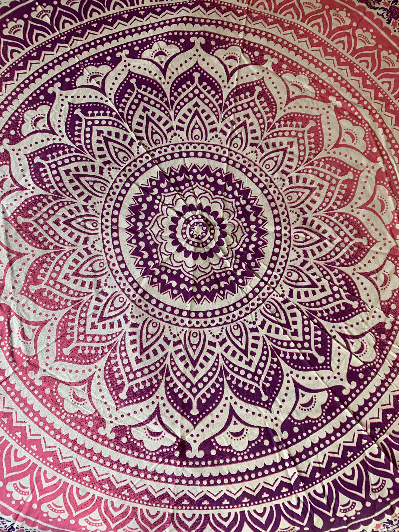 Small Pink Mandala Tapestry 00086