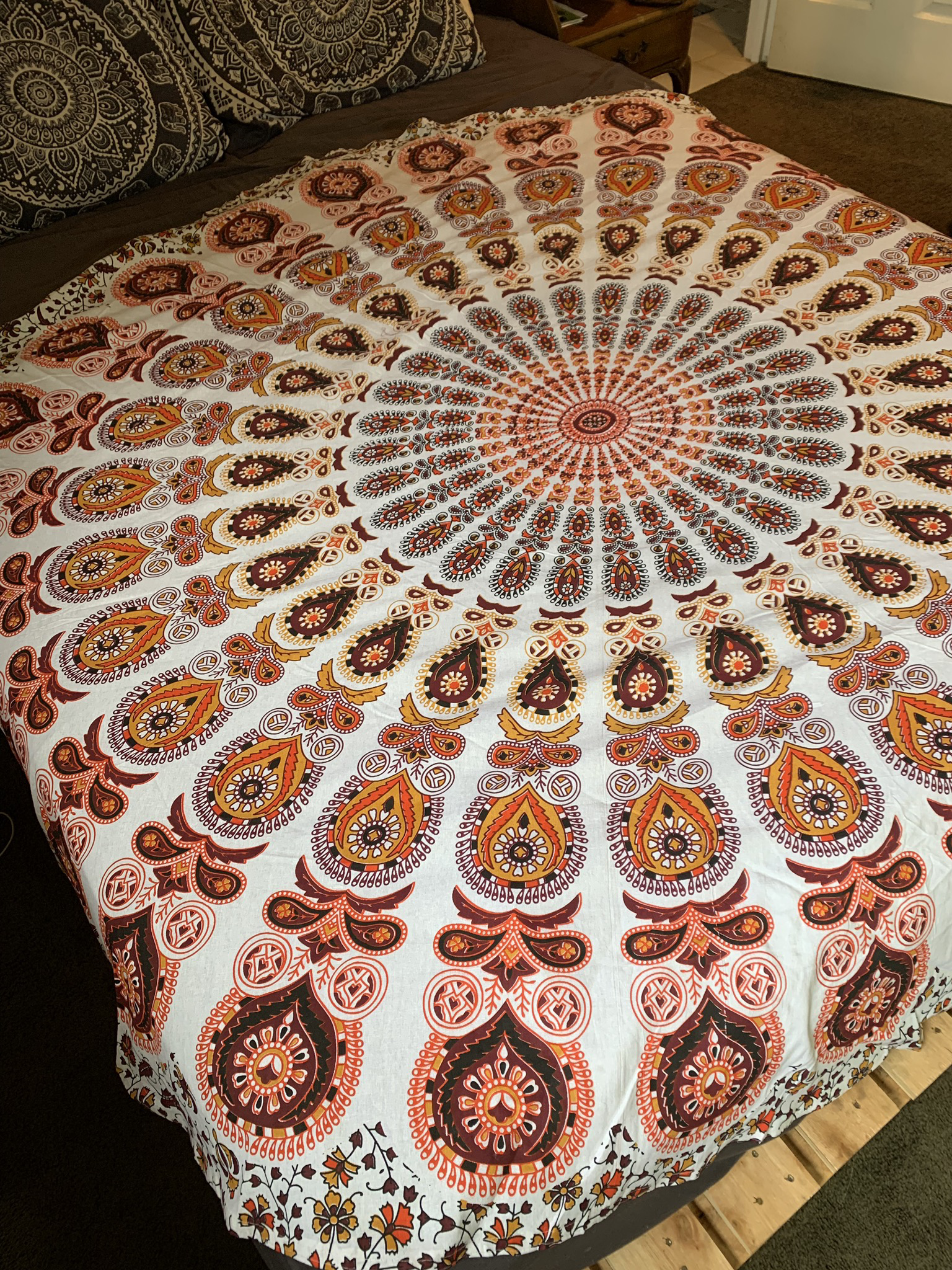 Large Tapestry 00082