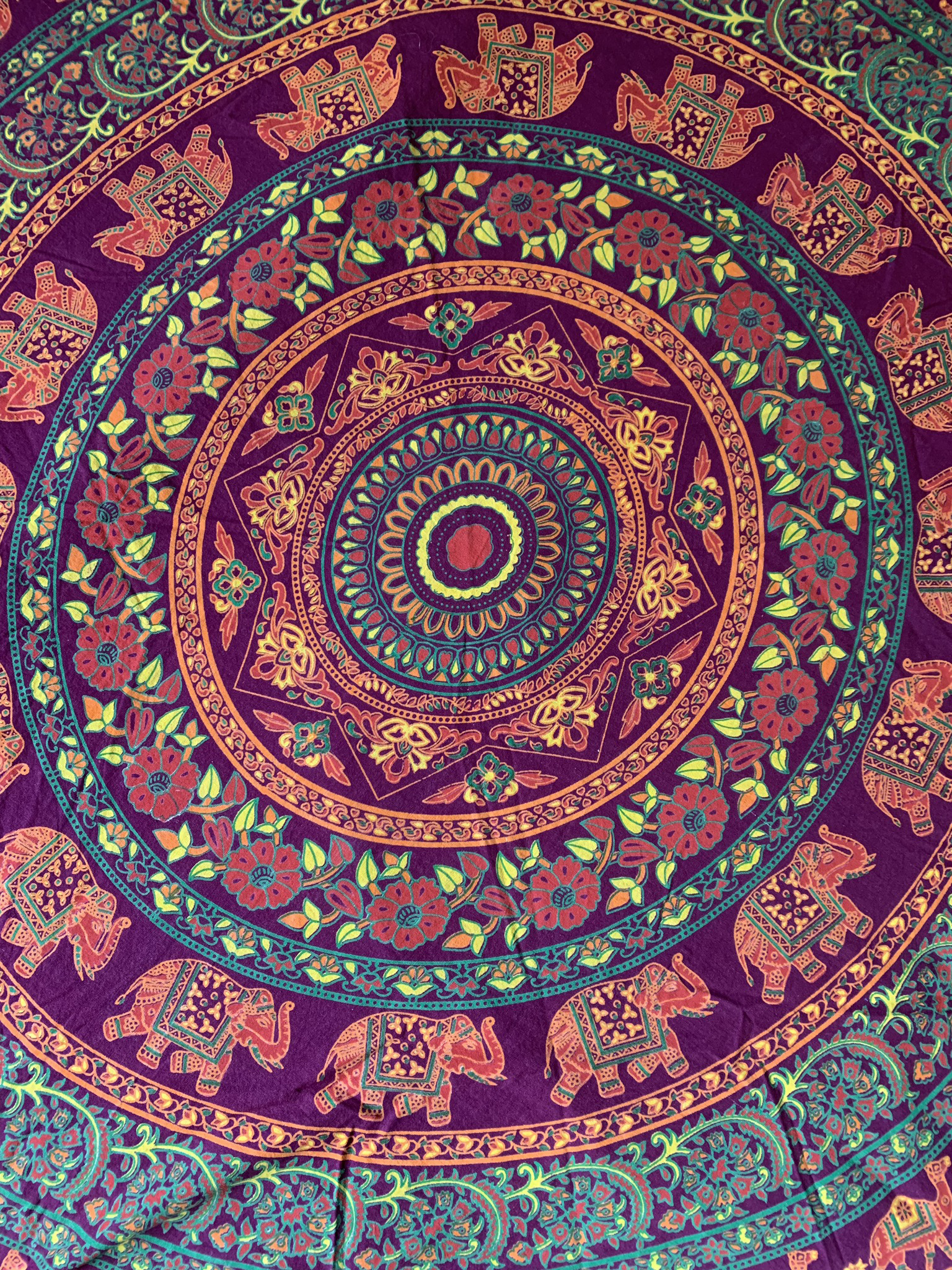 Small Elephant Tapestry 00083