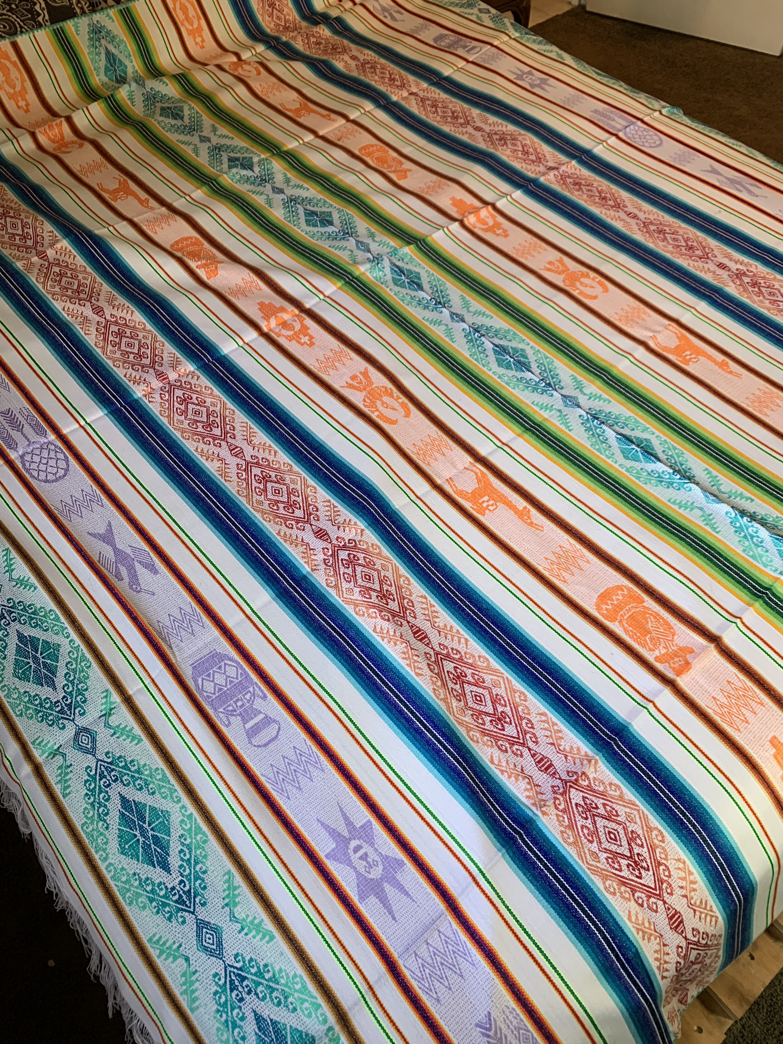 Large White Tablecloth 00090