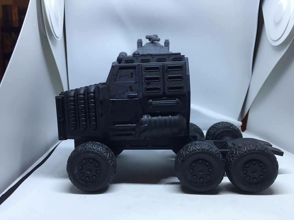 28mm Goliath Land Train Tractor & Base trailer Unit