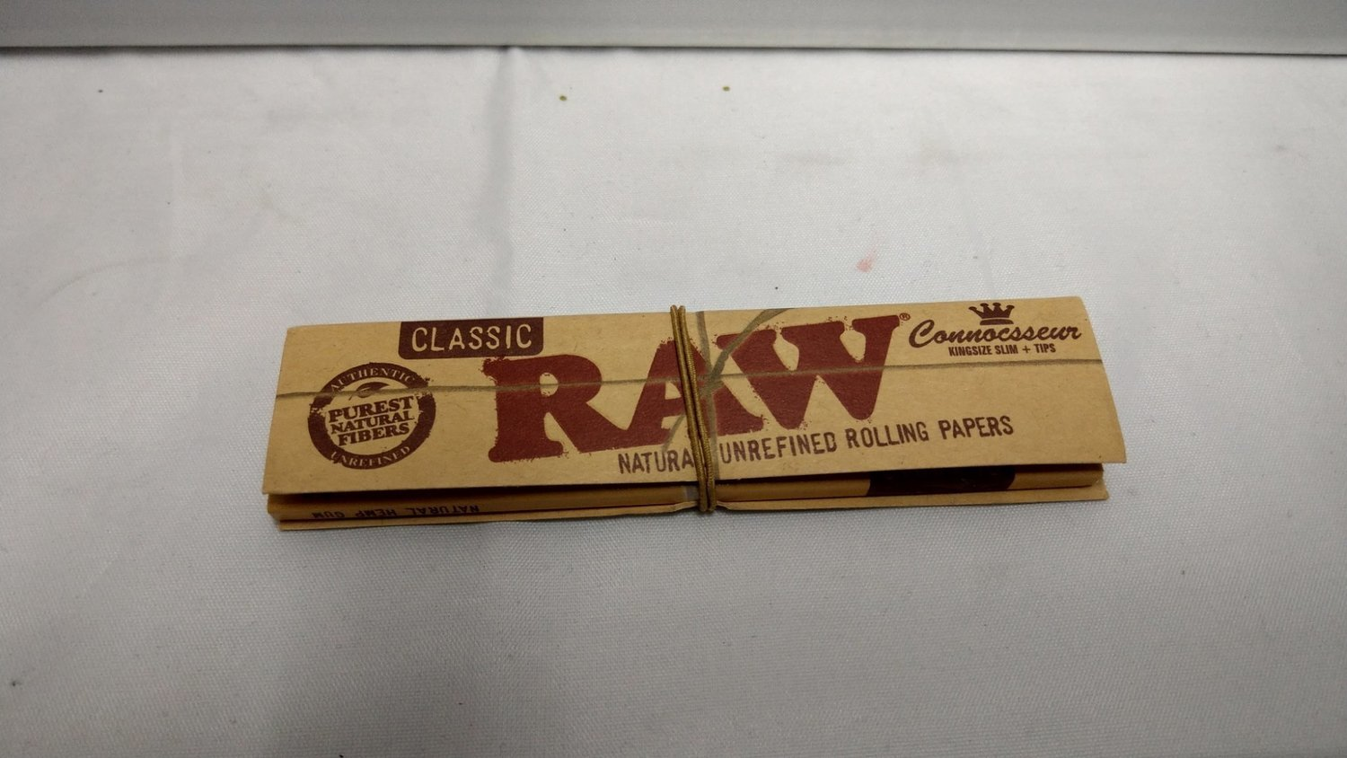 RAW Tobacco Rolling Papers - W/Filters
